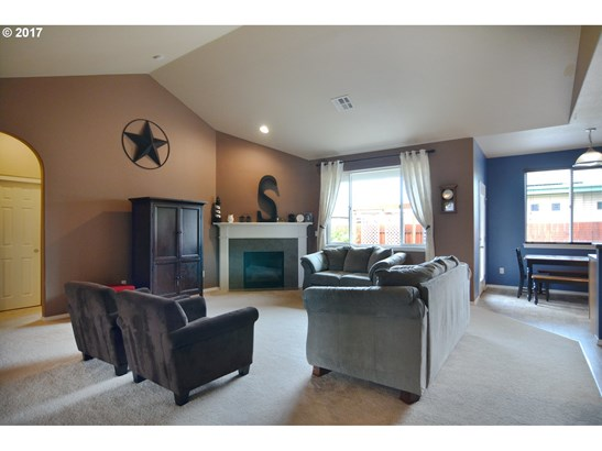 1374 Leaf Ln, Creswell, OR - USA (photo 5)
