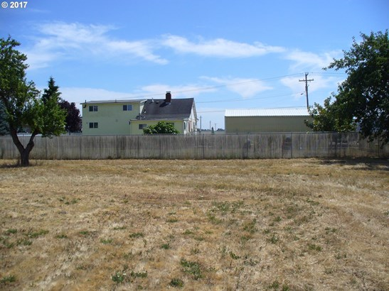 E 2nd Ave #2-e, Junction City, OR - USA (photo 2)