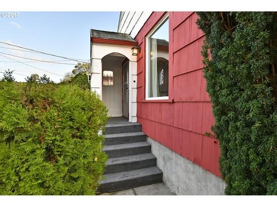 6718 Se Steele St, Portland, OR - USA (photo 3)