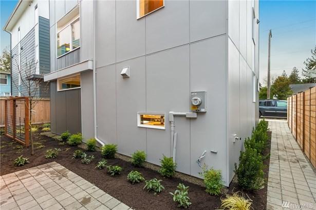 5624 B Fauntelroy Wy Sw, Seattle, WA - USA (photo 2)