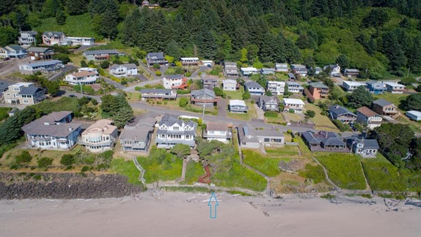 7527 Logan Rd, Lincoln City, OR - USA (photo 2)