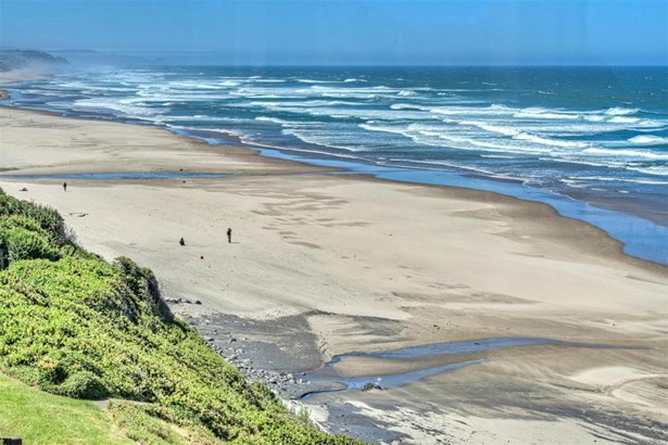 7527 Logan Rd, Lincoln City, OR - USA (photo 5)