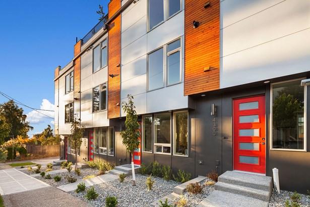 4300 Sw Mills St, Seattle, WA - USA (photo 2)