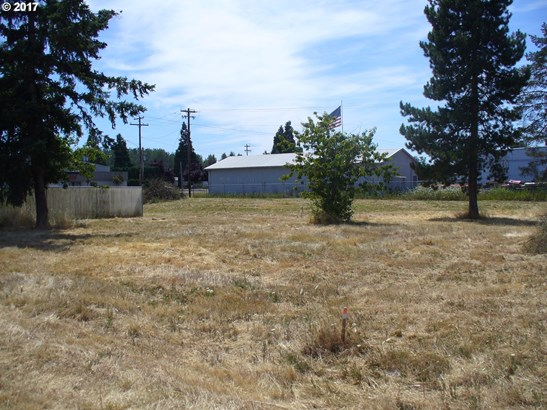 E 2nd Ave #3-w, Junction City, OR - USA (photo 1)