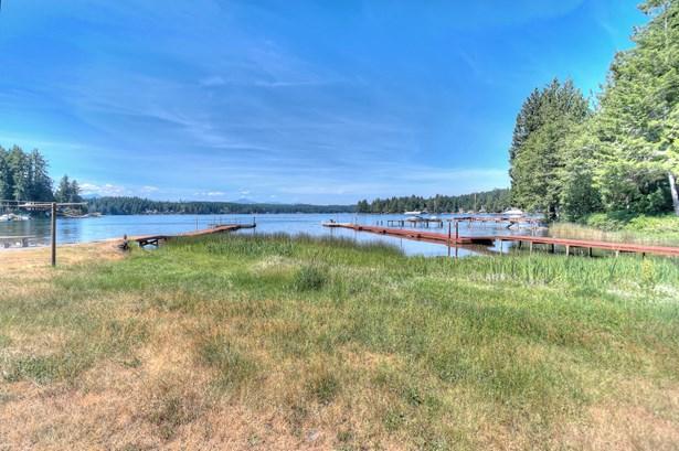 400 E Mason Lake Dr S, Grapeview, WA - USA (photo 1)