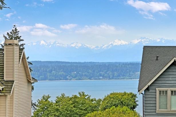 3011 W Viewmont Wy W, Seattle, WA - USA (photo 2)