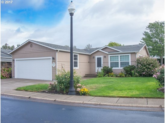 132 Village Dr, Cottage Grove, OR - USA (photo 1)