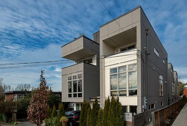 2714 E Yesler Wy, Seattle, WA - USA (photo 1)