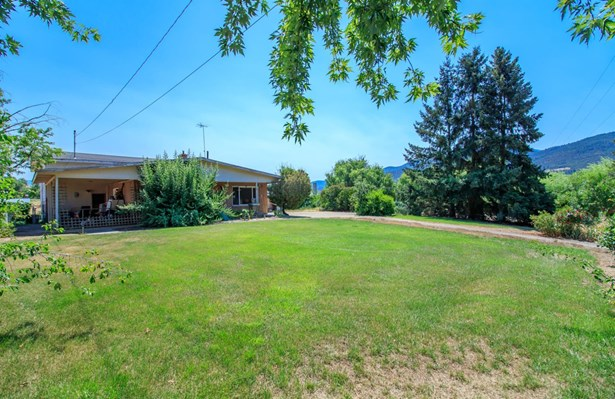 1039 W Valley View Road, Talent, OR - USA (photo 1)