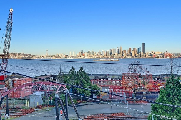 2139 Harbor Ave Sw, Seattle, WA - USA (photo 3)