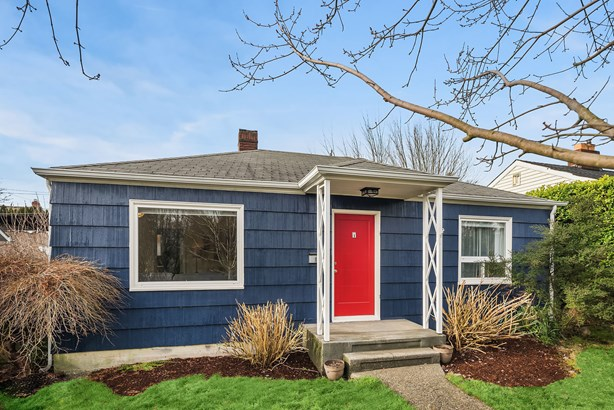 8633 35th Ave Sw, Seattle, WA - USA (photo 2)