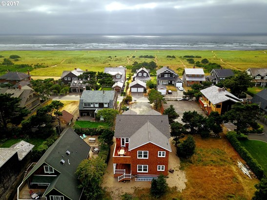 293 S Ocean Ave, Gearhart, OR - USA (photo 2)