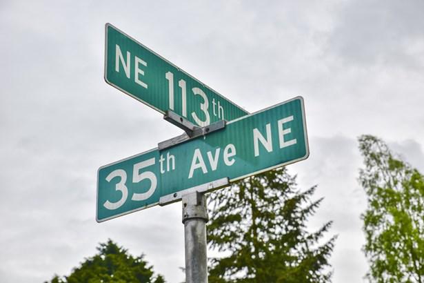 11056 35th Ave Ne, Seattle, WA - USA (photo 2)
