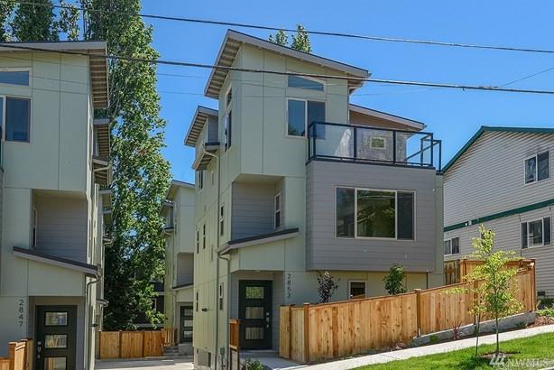 2851 Sw Nevada St, Seattle, WA - USA (photo 1)