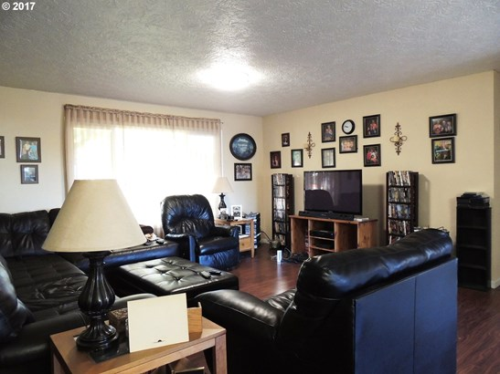 32953 Se Darrow Rd, Estacada, OR - USA (photo 5)