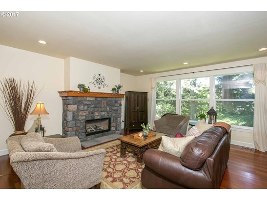 15190 Sw 139th Ave, Tigard, OR - USA (photo 5)