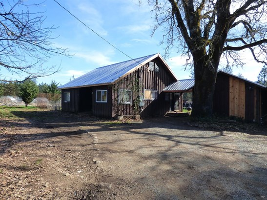 5151 Holland Loop Rd. Road, Cave Junction, OR - USA (photo 1)