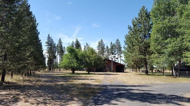 15939 Davis Avenue, La Pine, OR - USA (photo 3)