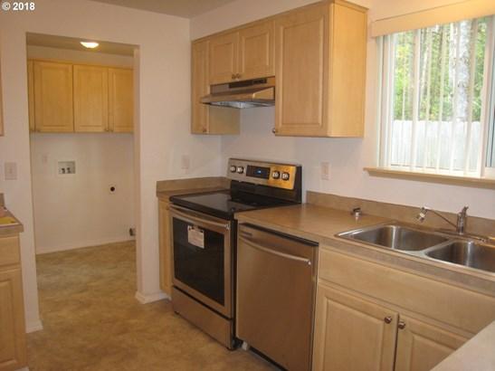 330 E 4th St, Lowell, OR - USA (photo 2)