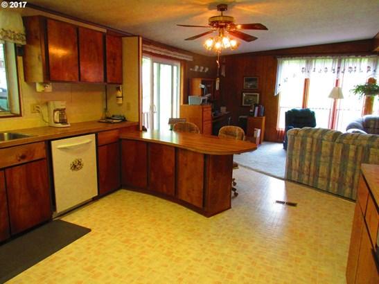 73812 Cedar Grove Dr, Clatskanie, OR - USA (photo 5)