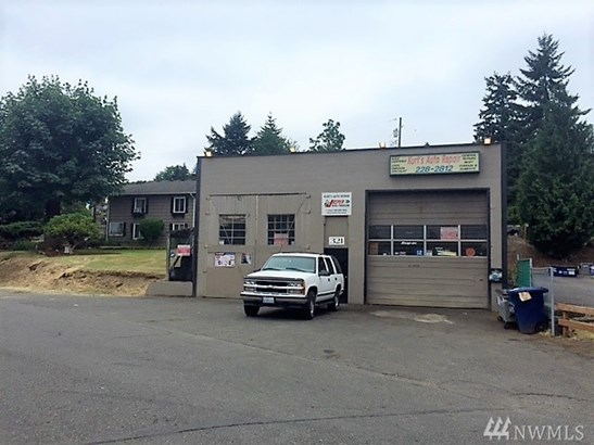 321 Rainier Ave N, Renton, WA - USA (photo 1)