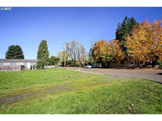 814 18th Ave, Sweet Home, OR - USA (photo 2)