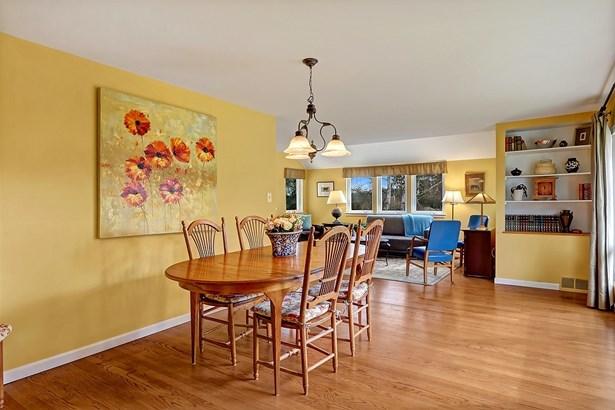 Inside Home (photo 5)
