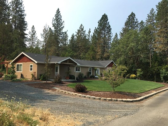 2515 Dowell Road, Grants Pass, OR - USA (photo 2)