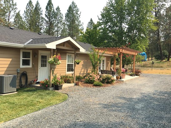 2515 Dowell Road, Grants Pass, OR - USA (photo 5)