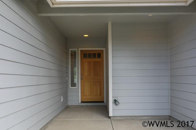 2483 Mountain River Dr, Lebanon, OR - USA (photo 5)