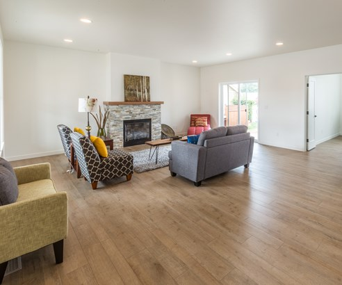 Welcome to 1415 Larkspur (photo 5)
