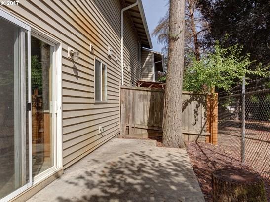 18188 Se Pine St, Portland, OR - USA (photo 5)