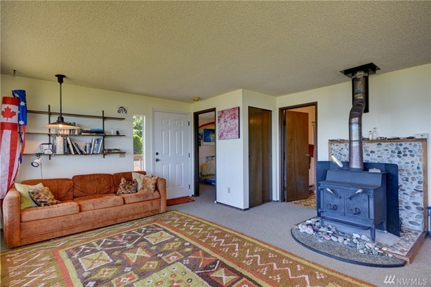 1818 Lola Beach Lane, Oak Harbor, WA - USA (photo 5)
