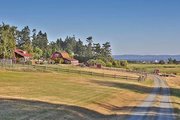 920 Bush Point Rd, Freeland, WA - USA (photo 2)