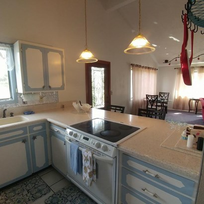 1710 Nw Parker Ave, Waldport, OR - USA (photo 5)