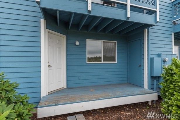 447 Ne Ellis Way B101 102 201 202, Oak Harbor, WA - USA (photo 2)