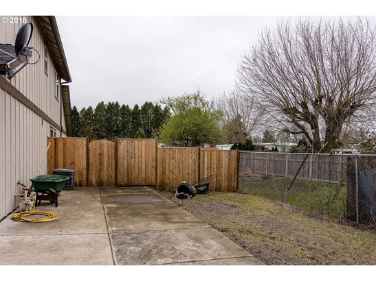 1130 W 6th Ave, Junction City, OR - USA (photo 4)