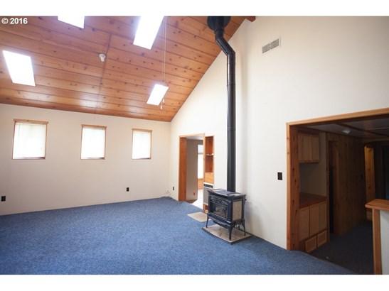 1549 Se 12th Pl, Warrenton, OR - USA (photo 3)