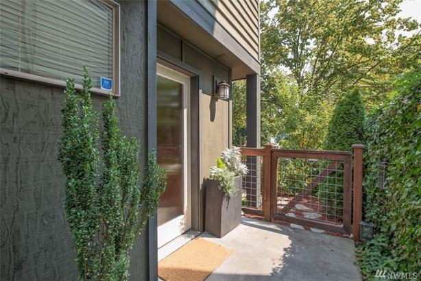 5937 California Ave Sw C, Seattle, WA - USA (photo 3)