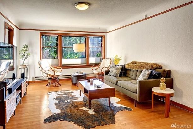 4235 Brooklyn Ave Ne 205, Seattle, WA - USA (photo 5)
