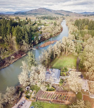 85100 Cloverdale Rd, Creswell, OR - USA (photo 2)