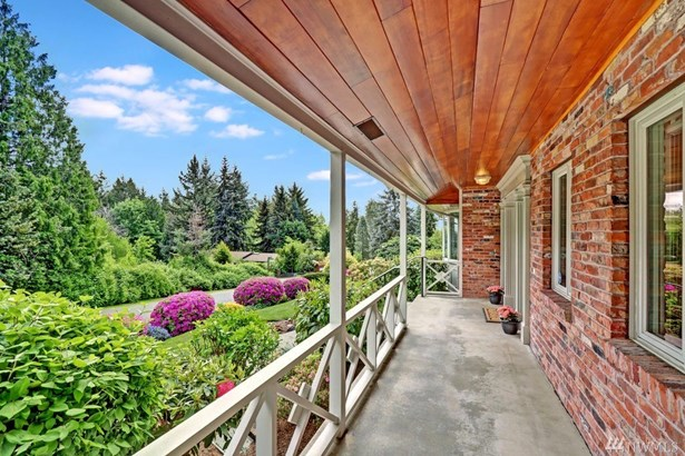 19205 46th Ave Ne, Lake Forest Park, WA - USA (photo 3)