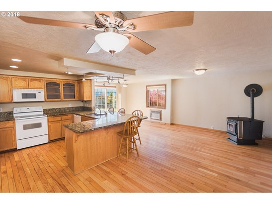 4784 Teralee Ln, Eugene, OR - USA (photo 5)