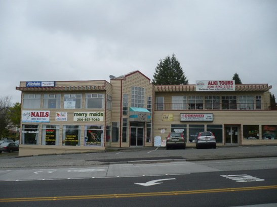 6417 Fauntleroy Way Sw, Seattle, WA - USA (photo 1)