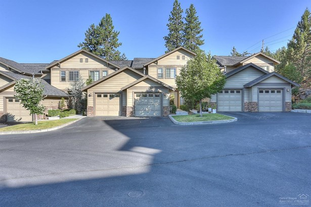 1874 1880 Northwest Monterey Pines Drive, Bend, OR - USA (photo 2)