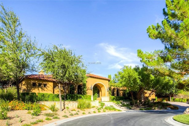 14 Paradise Valley Court, Henderson, NV - USA (photo 3)