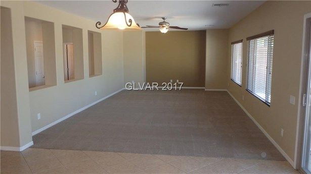 92 Blaven Drive, Henderson, NV - USA (photo 4)