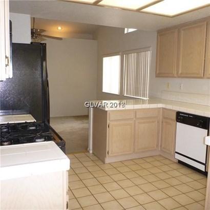 5521 Via Del Viento Avenue, Las Vegas, NV - USA (photo 3)