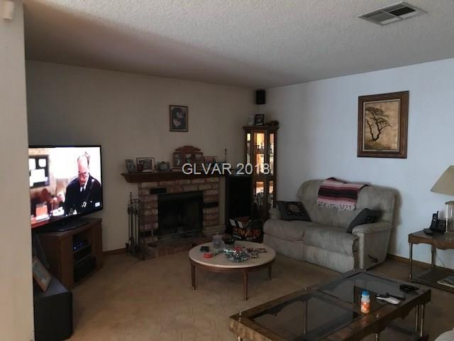 8105 Ducharme Avenue, Las Vegas, NV - USA (photo 2)