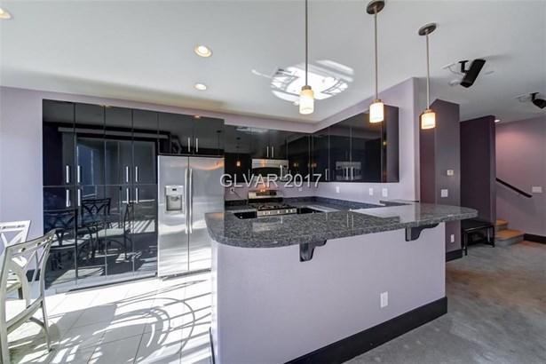 9050 Tropicana Avenue 1147, Las Vegas, NV - USA (photo 4)